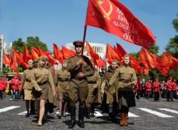 Знамя-Победы-в-строю
