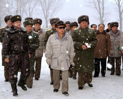 kim-chen-ir-rukovodstvo-na-meste