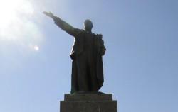 Ленин на площади