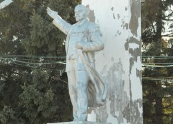 Один из сохранившихся памятников в г. Свободном