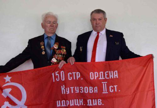 Владимир Астахов принял участие в открытии патриотического уголка школы поселка Прогресс