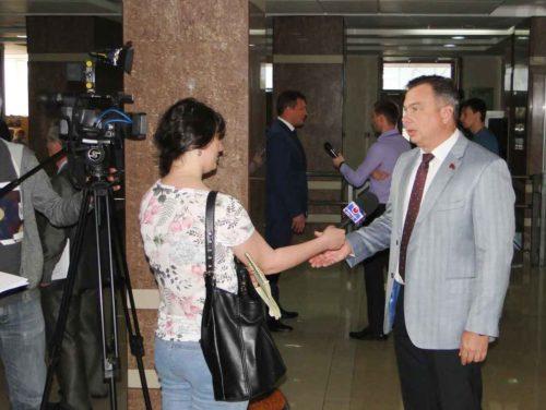 Роман Кобызов прокомментировал «Первому областному каналу» встречу губернатора и спикера Госдумы