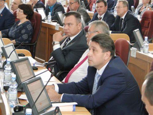Депутатские фракции Законодательного Собрания Амурской области не поддержали отчет губернатора
