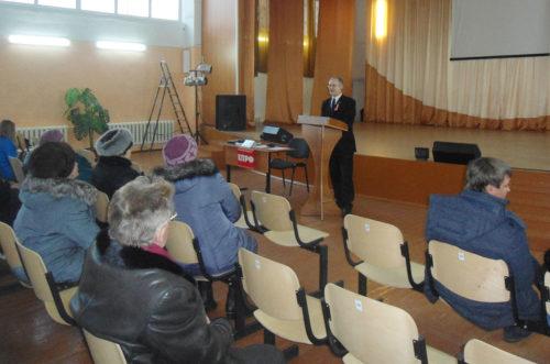 Свободненский депутат-коммунист проводит встречи с населением