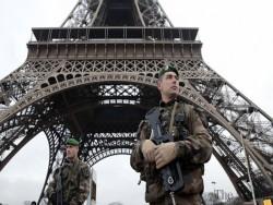 detonators-explosives-stolen-from-french-mily-base-1436308984-6742