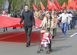 nozhenkin-na-parade