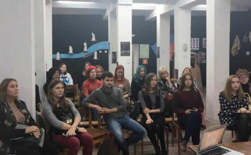 Амурские комсомольцы провели поэтический вечер в честь 100-летия ВЛКСМ
