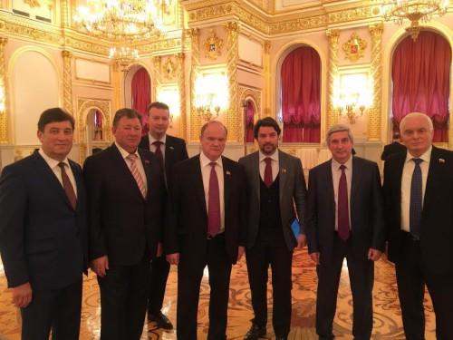 ziuganov-na-poslanii-prezidenta-1